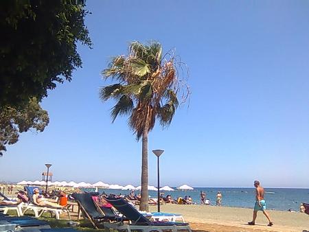 """Первый день на пляже отеля """"Посейдония"""""""